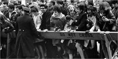 Barriers Held Against Beatlemania, but Not March of Progress - New York Times