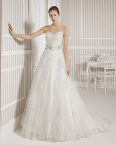 8S147 LEUS | Wedding Dresses | 2015 Collection | Luna Novias
