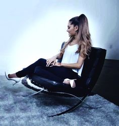 Ariana Grande Interview with Ryan Seacrest... - Ariana Grande Style