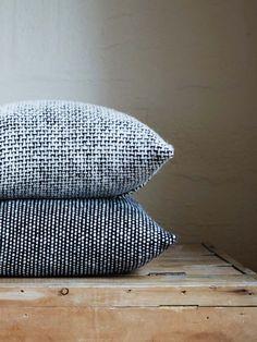 Tweed Emphasize Cushion - Monochrome - III