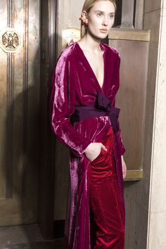 Silvia Tcherassi Fall 2018 Ready-to-Wear Fashion Show Collection: See the complete Silvia Tcherassi Fall 2018 Ready-to-Wear collection. Look 19