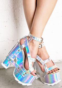 Chaussures de style ! Retrouvez toutes vos marques préférées sur Nouvelle Collection #nouvelleco #shoes #fashion
