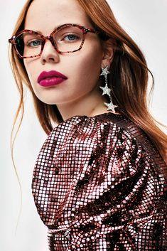 Eyewear, Magazine, Fitness, Fashion, Moda, Eyeglasses, Fashion Styles, Magazines, Sunglasses