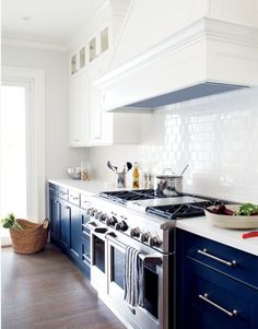 navy + white kitchen