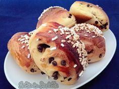 Girelle brioche con lievito madre e gocce di cioccolato Croissant, Doughnut, Muffin, Breakfast, Desserts, Food, Salta, Brioche, Morning Coffee