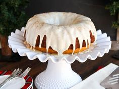 The delicious flavor of eggnog is packed into this simple, yet easy-to-make, eggnog Bundt cake! This is a perfect holiday dessert.