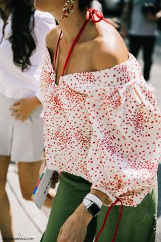 nyfw-new_york_fashion_week_ss17-street_style-outfits-collage_vintage-vintage-phillip_lim-the-row-proenza_schouler-rossie_aussolin-234                                                                                                                                                                                 More