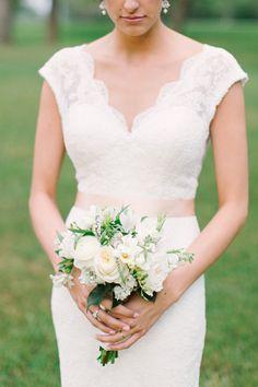 sweet, petite bouquet | Mint Photography #wedding