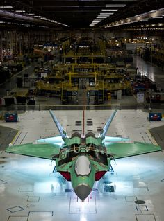 The final Raptor on the production line at Lockheed Martin's Marietta, Georgia plant, December 2011 Military Jets, Military Aircraft, Air Fighter, Fighter Jets, F22 Raptor, Fighter Aircraft, Stealth Aircraft, Jet Plane, War Machine