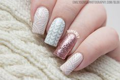 Sweet and dainty, knitted nail art tutorial that's perfect for spring.