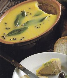 Szárnyasmáj-pástétom Hungarian Cuisine, Hungarian Recipes, Cooking Recipes, Healthy Recipes, Healthy Food, Sauce, Finger Foods, Food Inspiration, Food To Make
