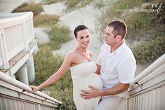 Galveston Island Maternity Session :: Inspire Me Baby Beach Maternity Pictures, Maternity Poses, Maternity Photography, Birth Photos, Pregnancy Photos, Future Fashion, Photographing Babies, Great Photos, Wedding Portraits