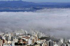 Nevoeiro visto do Morro da Cruz, em Florianópolis:imagem 4
