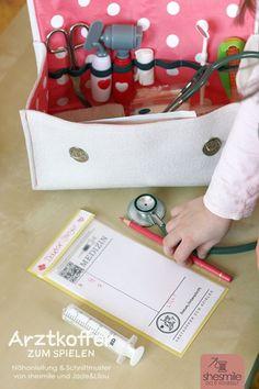 Arztkoffer aus Filz zum Spielen (Nähanleitung & Schnittmuster von shesmile und Jade&Lilou)