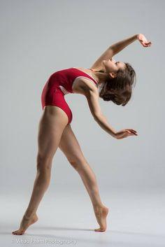 Elena Olshin, Akhmedova Ballet Academy - Photographer Vihao Pham