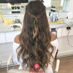 These easy hairstyles are fabulous. These easy hairstyles are fabulous. These easy hairstyles are fabulous. Dance Hairstyles, Down Hairstyles, Pretty Hairstyles, Wedding Hairstyles, Simple Prom Hairstyles, Grad Hairstyles, Hairstyle Ideas, Prom Hairstyles For Long Hair Half Up, Hair Ideas For School