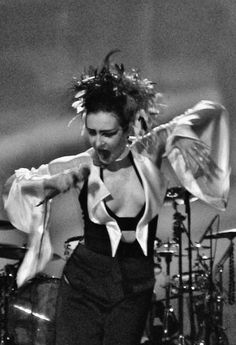 Siouxsie Sioux never met her