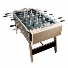 Was soll man groß schreiben über so einen Tischfußball-Tisch? FantasTISCH, KulTISCH, PrakTISCH nicht zu übertreffen?