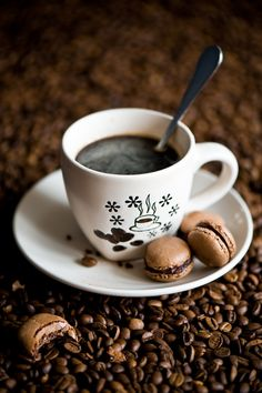 "coffee-tea-and-sympathy: ""Breakfast with coffee and homemade chocolate macarons by The Little Squirrel "" I Love Coffee, Coffee Break, My Coffee, Morning Coffee, Coffee Mugs, Coffee Lovers, Black Coffee, Cheap Coffee, Fresh Coffee"