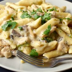 Pizzas to pastas, Italian food is all about a variety of sauces & cheese. Just a bowl of chicken and veggies dipped in a creamy rich white sauce is so Yumm….. Heavenly. White sauce also known a…
