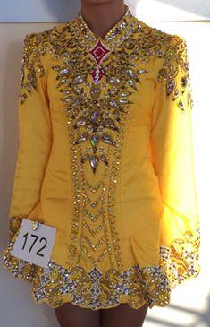Beautiful Elevation Design solo Irish dance dress from Dance Again. Dior Haute Couture, Lino Prints, Block Prints, Irish Dance Dresses, Dance Costumes, New Dress, Designer Dresses, Roger Duvoisin, Celtic Mythology