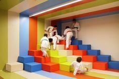 Kalorias Health Club Children's Space. estúdio AMATAM. Linda-a-Velha / Portugal / 2013