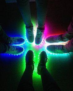LED SNEAKERS Unisex Schuhe leuchtende Schuhe LED Schuhe Blinkschuhe  Sneakers Led Schuhe, Kleider, Festival 87f8b6f766