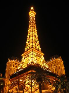 Paris Hotel, there is a restaurant in the Eiffel Tower with beautiful views of the Bellagio Fountains and the Las Vegas Strip.
