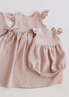 Baby clothes should be selected according to what? How to wash baby clothes? What should be considered when choosing baby clothes in shopping? Baby clothes should be selected according to … Baby Girl Fashion, Toddler Fashion, Fashion Kids, Fashion Clothes, Style Clothes, Dress Clothes, Romper Dress, Dress Fashion, Fashion Fashion
