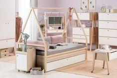диван-кровать из серии модульной мебели для детской комнаты