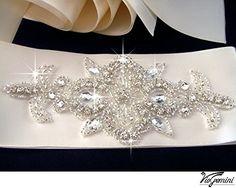 Rhinestone Applique, ART Deco Crystal Applique, Beaded Wedding Beaded Patch for Diy Wedding Accessories. ShiDianYi http://www.amazon.com/dp/B00XOKFQFW/ref=cm_sw_r_pi_dp_bvX5wb1887EV8