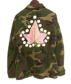 IVY ARMY Embroidered Camo Jacket Aka Sorority, Alpha Kappa Alpha Sorority, Sorority Life, Army Shirts, Camo Jacket, Sorority Girl Style, Sorority Fashion, Girls Wear, Utility Jacket