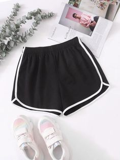 Contrast Binding Elastic Waist Track Shorts | SHEIN USA Summer Shorts Outfits, Short Outfits, Purple Shorts, Black Shorts, Short Violet, Sport Shorts, Gym Shorts Womens, Flannel Sweatshirt, Beach Outfits