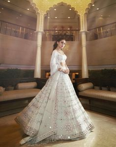 Always wondered what a Manish Malhotra lehenga costs? Check out amazing cocktail and bridal Manish Malhotra Lehenga Prices in this post. Manish Malhotra Lehenga, Lehenga Choli, Sari, Indian Lehenga, Indian Gowns, Indian Attire, Lehenga White, Indian Wedding Outfits, Bridal Outfits