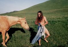 Shannon Hoon and a horse