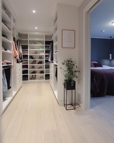 A Small walk-in Closet well design. Walk In Closet Inspiration, Interior Inspiration, Interior Design Living Room, Modern Interior, Dressing Room Closet, Dream Closets, My New Room, Home Decor Bedroom, Storage Spaces