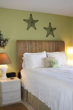 Beachy bedroom. Actual starfish above the bed would be cool!