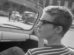 "viola-goes-to-hollywood: "" Jean Seberg in À bout de souffle (J. L. Godard) """