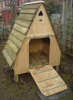 A-Fame duck house