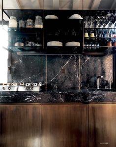 MadAbout Interior Design - House of Italian architect Massimo Adario, in. Kitchen Showroom, Kitchen Interior, Home Interior Design, Black Kitchen Countertops, Quartzite Countertops, Kitchen Cabinet Accessories, Basement Bar Designs, Wine House, Mini Kitchen