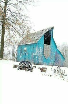 You don't see blue barns very often. Farm Barn, Old Farm, Barn Pictures, Winter Pictures, Country Barns, Country Life, Country Living, Barns Sheds, Country Scenes