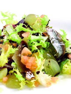 Amanida de sardines de la costa amb raïm,  recepta