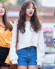 #gidle #miyeon #minnie #soojin #soyeon #yuqi #shuhua #kpop #girlgroup #chinesegirl #music #idol #celebrity #artist #singer #vocalist #dancer #rapper #model #beijing #swag #actress #songyuqi #leadvocalist #leaddancer #fff #fffkpop #followme