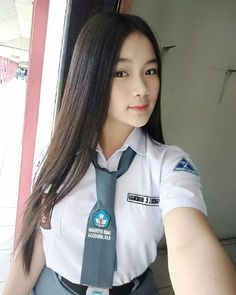 Cute Asian Girls, Beautiful Asian Girls, Sweet Girls, Cute Girls, Cool Girl, School Uniform Girls, High School Girls, College Girls, Hijab Teen