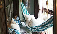 Пляж, чайная и другие идеи декора балкона