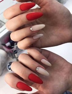 See here our fashionable and colorful ideas of best nails designs for long nails to show off in this year. You may use to wear this fantastic nails patterns on every special occasion so that you may easily get fantastic personality in year Beautiful Nail Designs, Cool Nail Designs, Prom Nails, Fun Nails, Silver Glitter Nails, Special Nails, Almond Acrylic Nails, Nail Patterns, Nail Arts