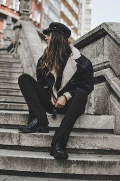 The Fashion Through My Eyes / Shearling denim jacket //  #Fashion, #FashionBlog, #FashionBlogger, #Ootd, #OutfitOfTheDay, #Style