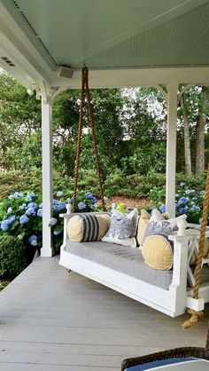 front porch decor ideas - Porches have their background in very early America and are frequently related to a simpler time and lifestyle, Best Rustic Farmhouse Front And Back Porch Designs Ideas Modern Farmhouse Porch, Farmhouse Front Porches, Farmhouse Landscaping, Farmhouse Decor, Farmhouse Ideas, Farmhouse Porch Swings, Modern Porch, Country Porches, Southern Porches