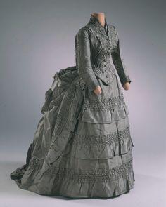 Fashions From The Past — ravensquiffles:  Silk taffeta wedding dress  ...