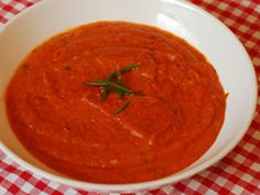 The GI Diet - Low Fat, Low GI Soup - Tomato and Basil Soup Recipe